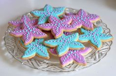 I can't resist but more starfish cookies.