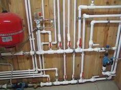 Котельная в частном доме представляет собой помещение с отопительным оборудованием, обеспечивающим работу систем горячего водоснабжения и отопления.