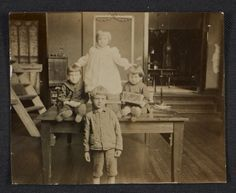 Citation: Children on a table, between 1897 and 1905? / unidentified photographer. Reginald Marsh papers, Archives of American Art, Smithsonian Institution.