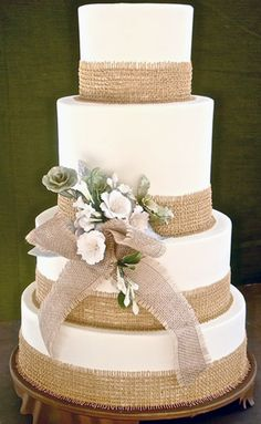 Tartas de boda - Wedding Cake - elegant lacy burlap wedding cakes -this with a little lace and some more texture on the fondant Wedding Cake Rustic, Our Wedding, Dream Wedding, Rustic Cake, Rustic Weddings, Wedding Ideas With Burlap, Burlap Wedding Cakes, Trendy Wedding, Wedding Venues