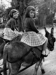 Reminds me of the two mules we had on the farm:  Fannie and Red.  Fannie was easy to ride by Red was a different story. Sister Act, My Sister, Double Twin, Vintage Children Photos, Vintage Photos, Pony Rides, Two Sisters, Identical Twins, Triplets