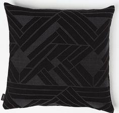 Putetrekk Throw Pillows, Black, Toss Pillows, Cushions, Black People, Decorative Pillows, Decor Pillows, Scatter Cushions