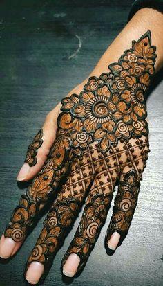 Back Hand Mehndi Designs, Latest Bridal Mehndi Designs, Full Hand Mehndi Designs, Henna Art Designs, Mehndi Design Pictures, Modern Mehndi Designs, Mehndi Designs For Beginners, Dulhan Mehndi Designs, Latest Mehndi Designs
