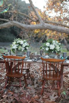 vintage outdoor fall wedding tablescapes - Google Search