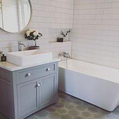 We love this bathroom with our sold grey hexagons For more pictures ➡️ @husetigasekil #MarrakechDesign #kakel #klinker #fliser #tiles #flooring #handmadetiles #cementtiles #interior #interiordesign