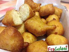 Zeppole Calabresi (Zippuli Calabrisi) Italian Donuts, Italian Desserts, Italian Recipes, Zeppole Recipe, Vegetarian Recipes, Cooking Recipes, Xmas Food, Antipasto, Great Recipes