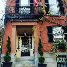 Beacon Hill Christmas!! #iHeartBoston #BostonAttitude #BostonLife #VisitBoston #BostonUSA