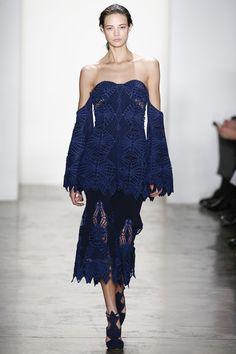 Jonathan Simkhai Fall 2016 Ready-to-Wear Collection Photos - Vogue