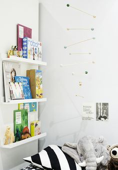 WEEKDAYCARNIVAL : KIDS / Get started on liberating your interior design at Decoraid (decoraid.com).