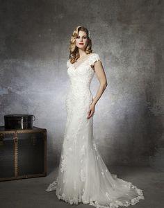 Justin Alexander 8658, $599 Size: 12 | Used Wedding Dresses