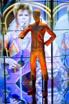 David Bowie is Inside the Exhibition - Victoria and Albert Museum David Jones, David Bowie Is Exhibition, David Bowie Born, Ziggy Played Guitar, Bowie Starman, V & A Museum, The V&a, Victoria And Albert Museum, Most Beautiful Man