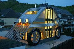 A house-car was built on the outskirts of Salzburg by Austrian architect Markus Voglreiter. Being inspired by the shape of the Volkswagen Beetle, the architect made an ordinary house into an unusual car, equipped with energy-saving systems.