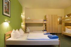 Die perfekte Unterkunft für Klassenfahrten nach Berlin mit www.schulfahrt.de #Schulfahrt 6-Bett #Hotelzimmer #aletto #Klassenfahrt