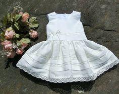 Articoli simili a vestito bambina uncinetto lino cotone f33e36d6092f
