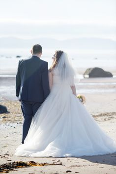 Capturing natural beautiful memories at naturally stunning locations | Jarvie & Jones Wedding Photographers based in Ayrshire, covering Glasgow, Scotland and beyond.
