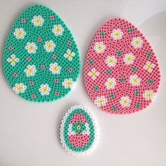 Easter eggs ornaments hama perler beads by linebinemor Perler Beads, Perler Bead Art, Fuse Beads, Hama Beads Design, Hama Beads Patterns, Beading Patterns, Melting Beads, Pony Beads, Bead Crafts