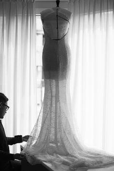 Les étapes de fabrication de la robe Dior haute couture d'Emma Stone à Cannes