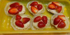 Kokos Cupcakes mit Erdbeer-Kokos-Topping