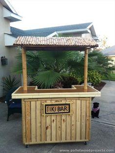 Pallet Made Tiki Bar