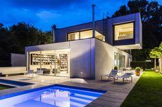 Halbfertigteile als Statement - Wohnhaus in München von Neutard Schneider Architekten