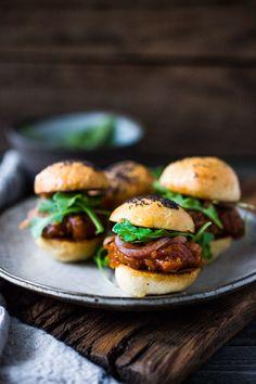 Vegan BBQ Spaghetti Squash Sliders with Pickled Onions and Arugula- a delicious healthy Super Bowl recipe! | www.feastingathome.com