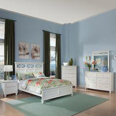 Piston 5-piece White Rubberwood Bedroom Set