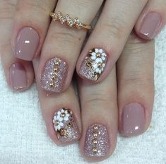 How to choose the shape of nails? - My Nails Shellac Nails, Toe Nails, Nail Polish, Gel Nail Designs, Nails Design, Nail Decorations, Fabulous Nails, Flower Nails, Short Nails
