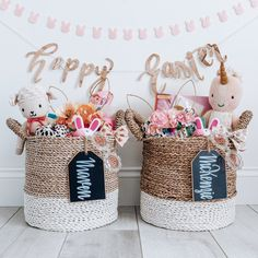 Use baskets that can be used after Easter for storage. Such a great idea to use as your kids Easter baskets. images for kids Easter Basket 2019 Hoppy Easter, Easter Bunny, Jesus Easter, Easter Eggs, Baby Easter Basket, Easter Basket Ideas, Girl Easter Baskets, Girl Gift Baskets, Easter 2021