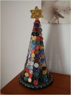 Creation with Nespresso capsule - a cup of imagination - Fashion And Hairstyle Dosette Nespresso, Cup Crafts, Alternative Christmas Tree, Christmas Tree Crafts, Xmas, Coffee Pods, Diy Schmuck, Decorative Bells, Creations