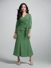 Resultado de imagem para vestidos para senhoras acima de 50 anos evangelicas