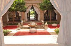 Riad Jawad - Situé dans l'oasis Hassan II, ce riad avec piscine dispose d'un spa…
