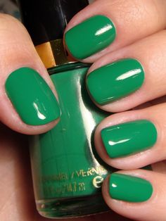 Revlon - Posh. Not a fan of green nail polishes usually, especially ones that are as blatantly green as you can get, but this one has a nice finish.