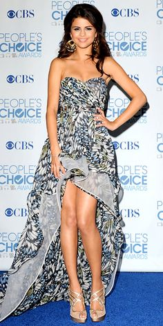 Selena Gomez in Shabayeva gown.  So great how the pattern is carried through the lining of the train.