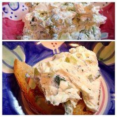 ブルガリア料理の前菜。ヨーグルトの水切りが面倒なのでカッテージチーズうらごしタイプを使用。ディルとみじん切りキュウリ、おろし生ニンニク少量、オリーブ油と混ぜるだけ。 - 11件のもぐもぐ - スネジャンカ by praline