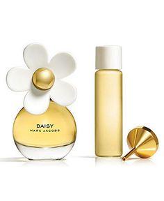 Daisy MARC JACOBS Purse Spray, 0.2 oz - SHOP ALL BRANDS - Beauty - Macy's
