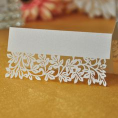 100pcs/lot White Ivory Leaf Table Decoration Supplier Name Place Card Recycled Paper For Party Or Wedding Lace Cut Cards