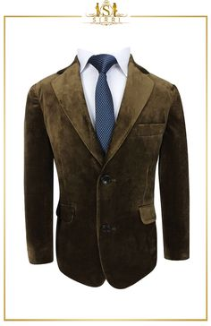 Stylish and handsome, this is a lovely brown Romano velvet boys suit that is perfect for the spring weather that is just around the corner. This ensemble comes as a two piece that includes a fully lined, notch lapel blazer with a matching velvet trousers. Shop now at SIRRI kids #boys formal wear #kids suits #page boy outfits