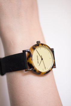 Boho acetate watch with black strap. Ace Tate, Minimalist, Watches, Boho, Retro, Accessories, Black, Wristwatches, Black People