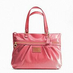 Love this Coach Tote