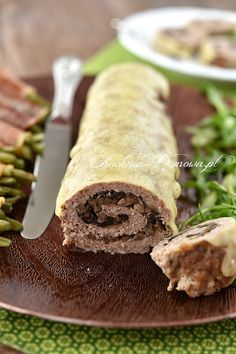 Rolada z mięsa mielonego z pieczarkami Calzone, Meatloaf, Pork, Food And Drink, Low Carb, Ethnic Recipes, Impreza, Diet, Grated Cheese