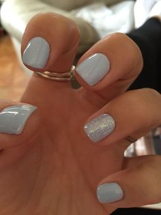 DIY Shellac Nails that Are Simple and Cheap