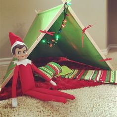 Elf on the shelf tent & sleeping bag