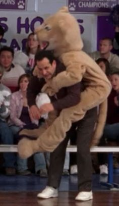 That is Jennifer Lawrence jumping on Tony Shalhoub <-- OMW WHAT. No but really, this was one of her waaay earlier roles xD Another Word For Book, Detective Monk, Adrian Monk, Tony Shalhoub, Laughing And Crying, Movies Playing, The Monks, I Love To Laugh, Classic Tv