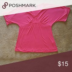 SALE Banana Republic Cute Blouse Pinkish color w a triangle pattern....v neck blouse... GUC... Feel free to ask for more pictures or measurements Make an offer through OFFER button ONLY Negotiations welcome No trades No PayPal Banana Republic Tops Blouses
