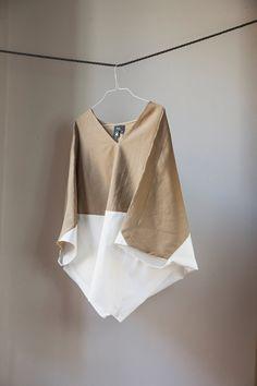 Two Tone Loose Fitting Organic Linen Cotton Top. Beige and Muslin White Colours, Bat Sleeves. Handmade in Italy. A gorgeous line of tunic top blouses