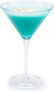 Blue Hawaiian Alcoholic Drinks, Cocktails, Blue Hawaiian, Bartender, Rum, Food And Drink, Smoothie, Tableware, Cheers