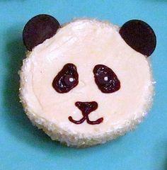 I freakin love pandas! Even panda cakes! Panda Cupcakes, Cute Cupcakes, Panda Bear Cake, Panda Bears, Panda Birthday Party, Panda Party, Birthday Cakes, Birthday Ideas, Gastronomia