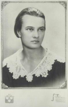 Kozmutza Flóra, muse and lover of Hungarian poet Attila József