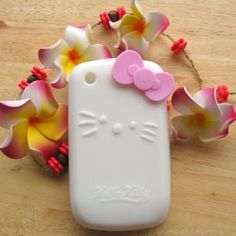 Hello Kitty white Silicone with bow Cover Case for Blackberry Curve 8520 8530 9300 $9.99