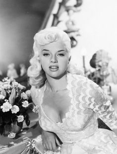 """Bombshells :: Diana Dors The Star-Maiden is the Tortugan goddess of beauty, love and the arts. Her faces are many, but she always appears to Her faithful as their """"Ideal"""". Old Hollywood Glamour, Vintage Glamour, Vintage Hollywood, Hollywood Stars, Vintage Beauty, Classic Hollywood, Vintage Fashion, Diana Dors, George Hurrell"""